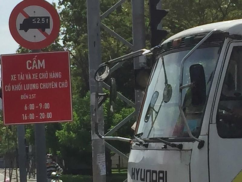 Giờ cấm xe tải cụ thể là mấy giờ