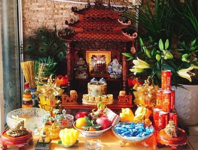 bàn trí bàn thờ ông địa 1