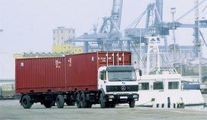 Vận chuyển hàng hóa đường bộ tại Việt Nam