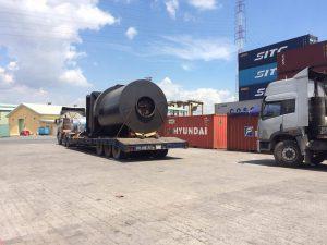 Vận chuyển hàng hóa sắt thép siêu trọng đường bộ