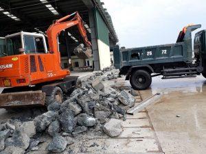 phương tiện vận chuyển rác thải xây dựng