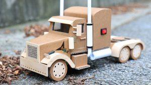 xe đồ chơi carton