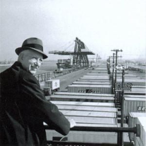Malcolm Purcell McLean - doanh nhân vận tải
