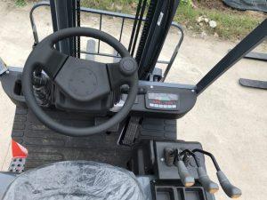 phụ kiên vô lăng lái xe nâng điện